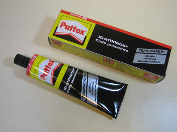 pattex kraftkleber supertransparent glasklar kleintube 50 g ebay. Black Bedroom Furniture Sets. Home Design Ideas